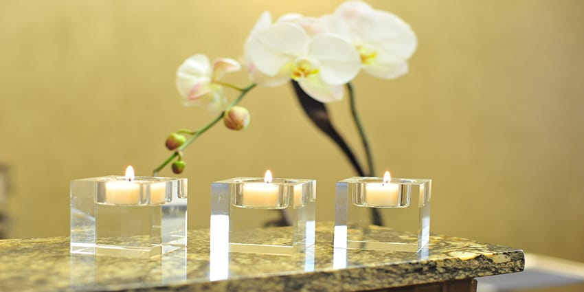 9-SPA-CANDLES-1